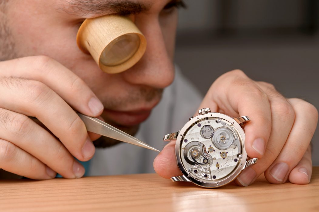 Где нельзя продавать швейцарские часы